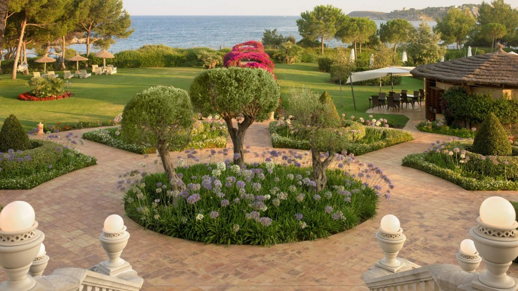 The-St-Regis-Mardavall-Mallorca-Resort-7