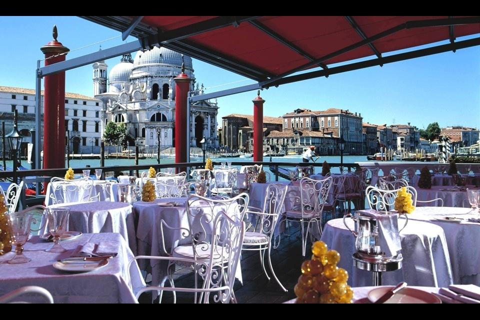 bauer_venezia_de_pisis_restaurant_terrace_00