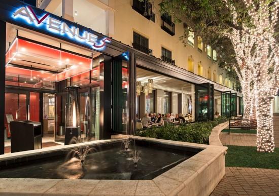 Avenue 5 modern elegant seafood chops at the inn on for Fish restaurant naples