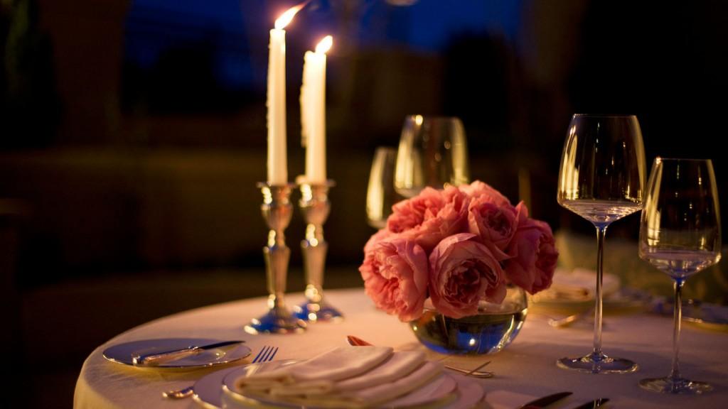 G_romantic_dinner_rome