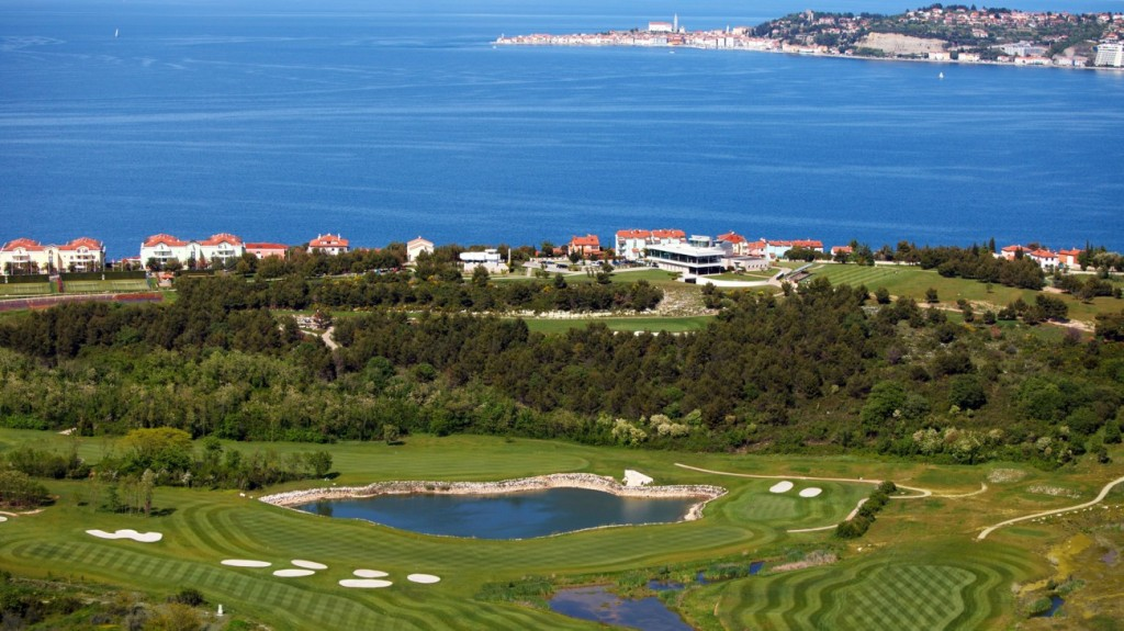 SetWidth1300-View-to-the-Adriatic-Golf-Course-and-Savudrija-Bay1920x1080