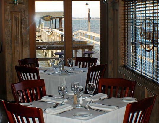 Louie S Oyster Bar Grille Port Washington Li Ny