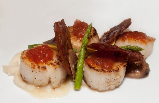 Scallops-Entree-at-Atlantic-Grille