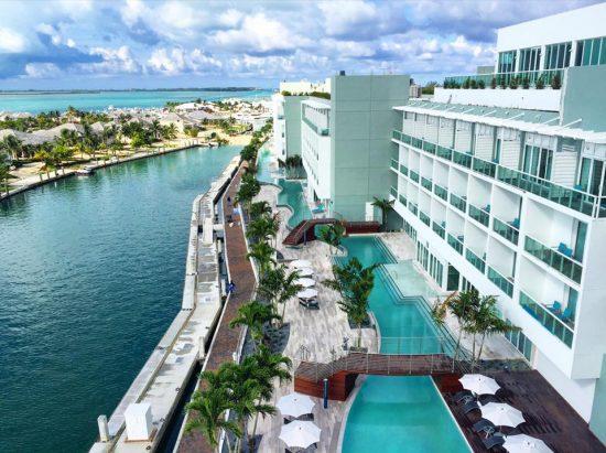 Bahamas casino resort 16