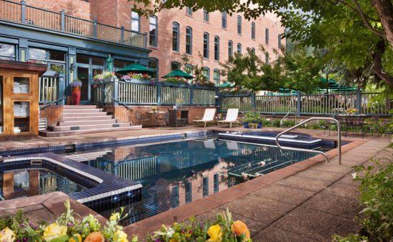 hotejerome-aubergeresort-aspen-resortgallery-pool1